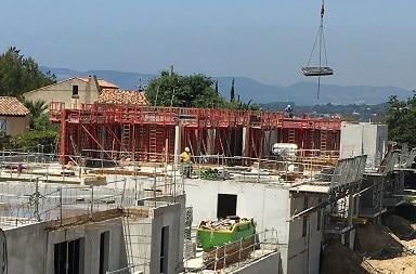 azurbat-construction-une-equipe-professionnelle