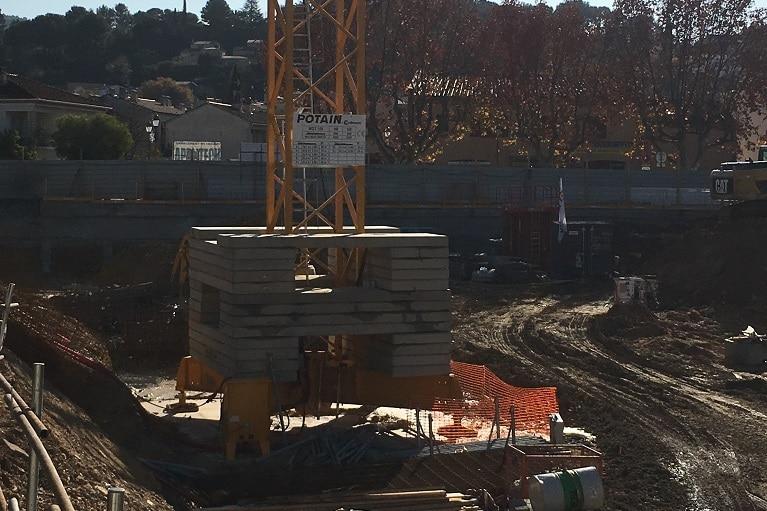 azurbat-construction-chantier-le-patio-saint-cyr-sur-mer-2