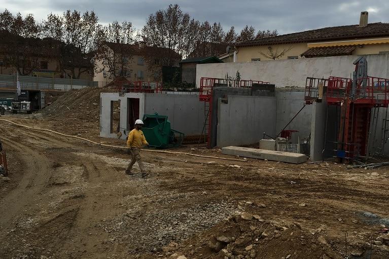 azurbat-construction-chantier-le-patio-saint-cyr-sur-mer-3