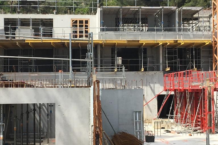 azurbat-construction-realisations-o-fil-de-l-eau-bandol-04
