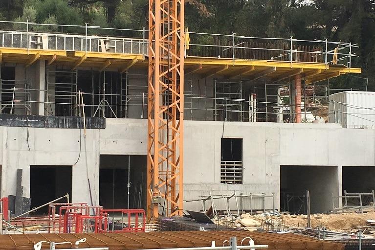 azurbat-construction-realisations-o-fil-de-l-eau-bandol-09